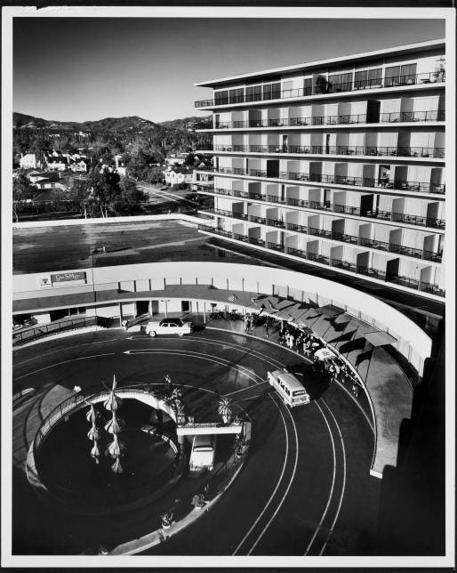 Beverly Hilton Hotel, Beverly Hills, 1956 ~ Welton Becket and Associates, Architect