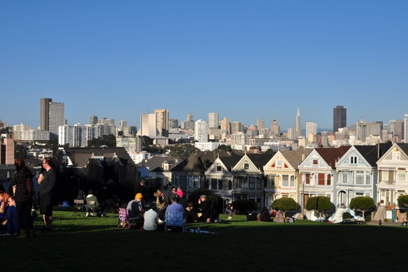 Painted Ladies houses line Alamo Square, San Francisco