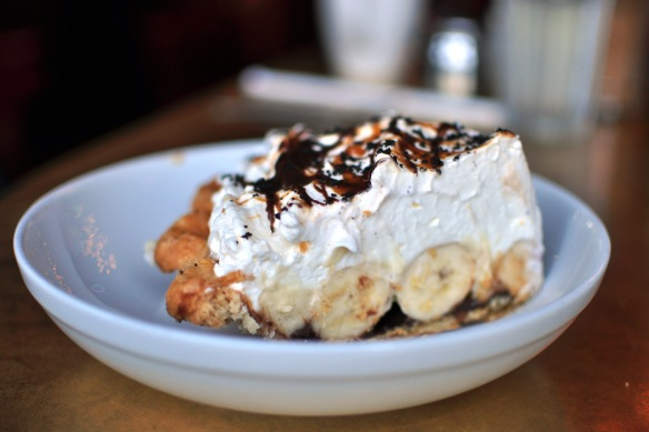 Chocolate Caramel Banana Creme Pie