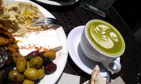 Brunch at Urth Caffe in Santa Monica