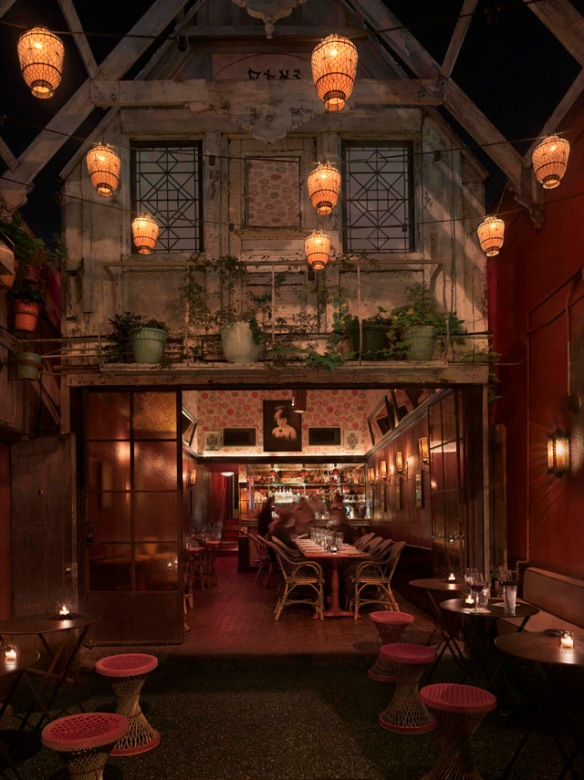 Bar Marmont,  inside the legendary and luxurious hotel, Chateau Marmont. PIN by Nina Harada on Facilitron Design-